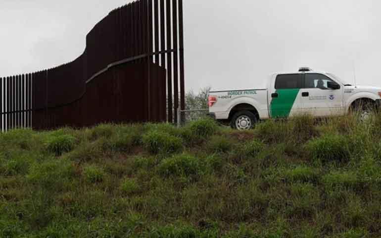 a-eu-evadira-leyes-ambientales-para-muro