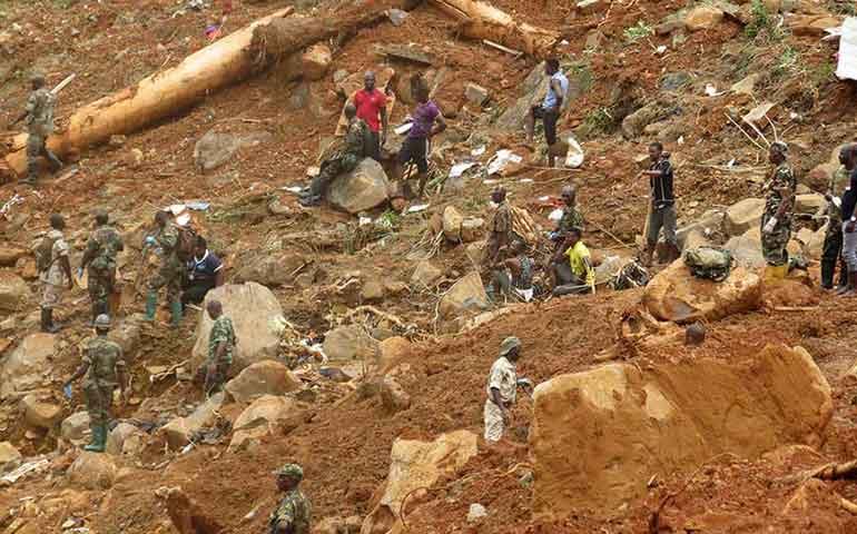 catastrofe-en-sierra-leona-por-lluvias-400-muertos-y-miles-sin-hogar