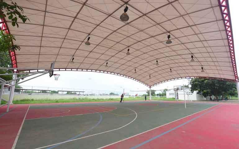 destina-roberto-60-millones-para-nuevo-polideportivo-en-santiago