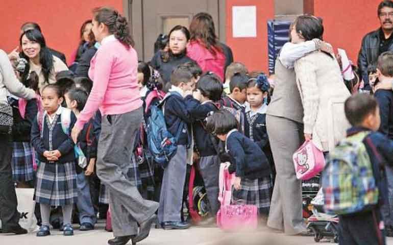 hoy-25-millones-de-alumnos-regresan-a-clases