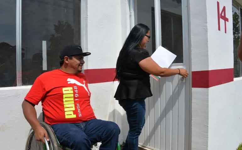 mas-de-11-mil-familias-obtuvieron-una-vivienda-gracias-a-los-apoyos-de-roberto