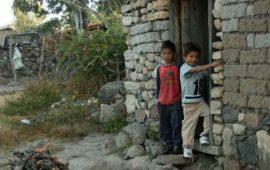mexico-logra-cifra-record-en-reduccion-de-la-pobreza-coneval