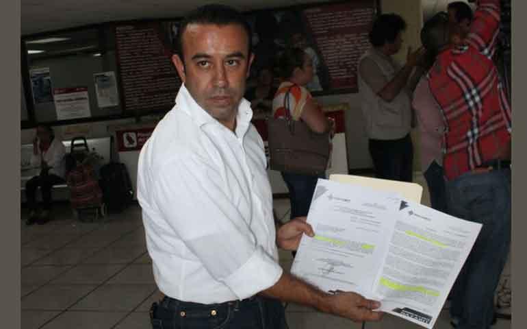 presenta-gianni-ramirez-denuncia-contra-trabajadores-sindicalizados