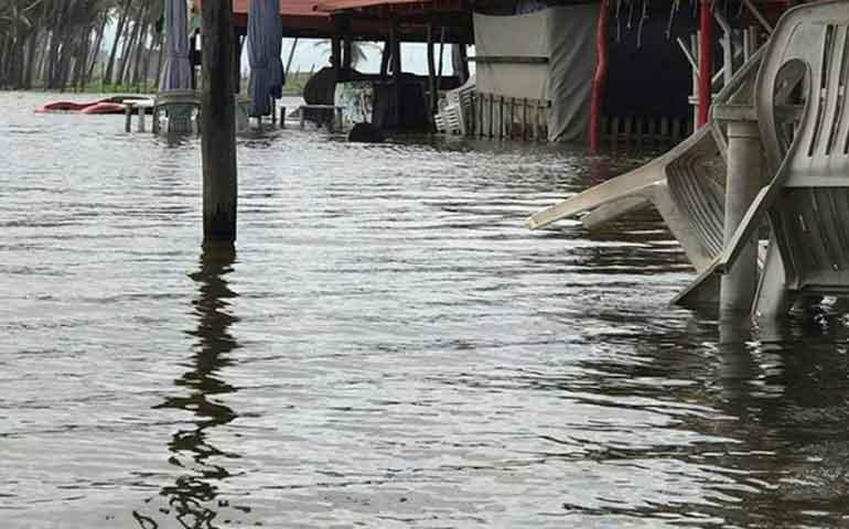 suspende-colima-clases-en-todo-el-estado-por-inundaciones
