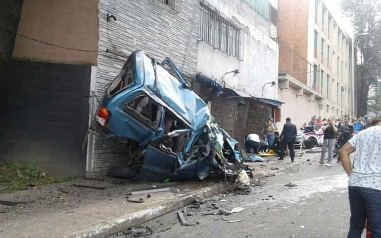 4-muertos-y-20-lesionados-por-impacto-de-pipa-de-agua