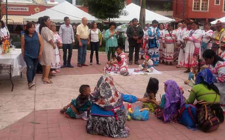 celebran-25-aniversario-de-la-plaza-de-las-artesanias