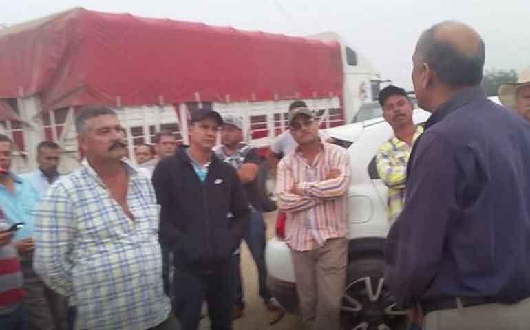 ganaderos-de-huajimic-impiden-entrega-de-tierras-a-los-huicholes