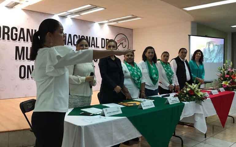 rinde-protesta-martha-partida-como-presidenta-del-onmpri