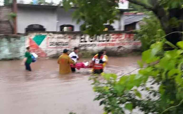 se-registran-inundaciones-en-santiago-ixcuintla