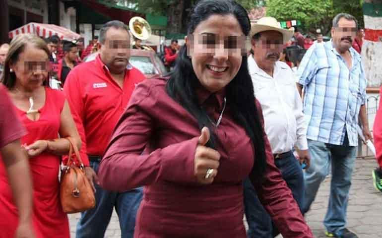 detienen-a-alcaldesa-de-turicato-la-acusan-de-participar-en-homicidio
