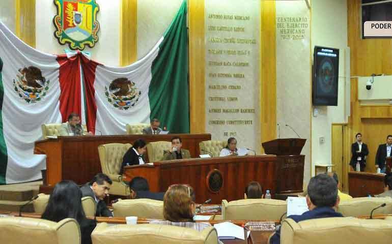 diputados-exhortan-a-alcaldes-atender-violencia-de-genero