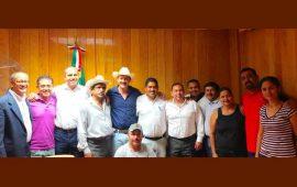 diputados-por-la-paz-y-tranquilidad-en-los-municipios-adahan-casas