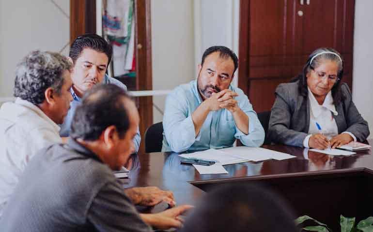 gobierno-de-nayarit-llega-a-acuerdos-con-trabajadores-de-la-secretaria-de-salud