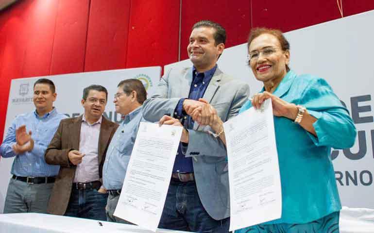 se-firmo-minuta-de-acuerdos-entre-gobierno-del-estado-y-el-sutsem