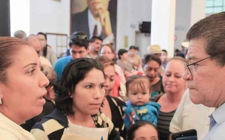 cfe-atenta-contra-los-derechos-humanos-de-la-poblacion-javier-castellon