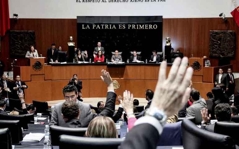 mujeres-encabezaran-listas-plurinominales-para-el-senado-partidos-reprochan-al-ine