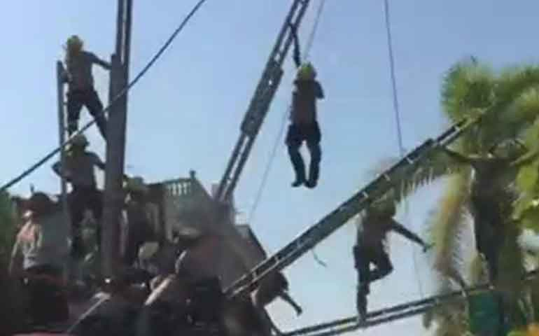 se-accidentan-bomberos-en-puerto-vallarta