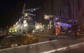 deja-choque-entre-tren-y-autobus-4-muertos-en-francia