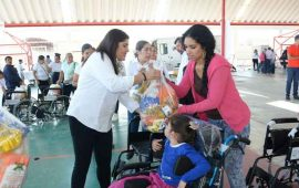 dif-nayarit-festejo-a-las-personas-con-discapacidad