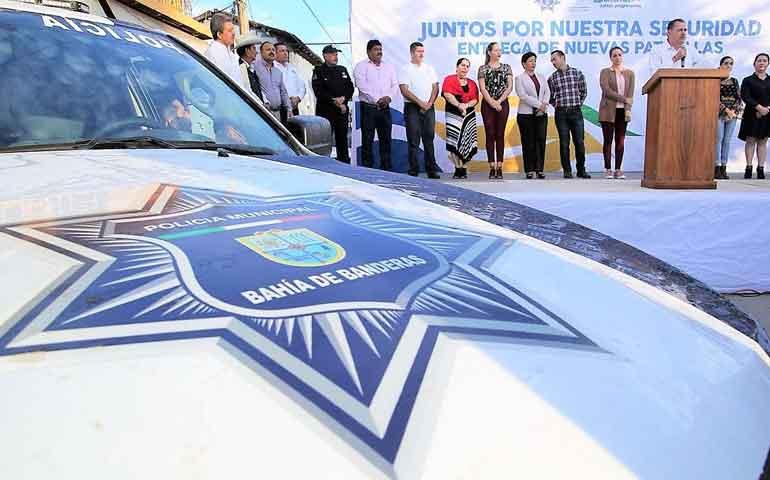 entrega-jaime-cuevas-20-patrullas-nuevas-para-seguridad-publica