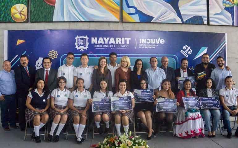 entrego-el-gobierno-de-nayarit-premio-estatal-de-la-juventud-2017