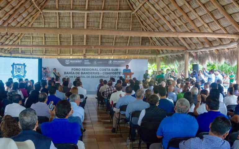 escucha-tono-echevarria-a-ciudadanos-para-integrar-plan-estatal-de-desarrollo
