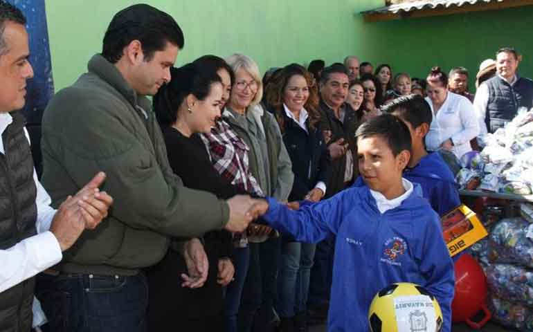 gobierno-de-nayarit-llega-hasta-la-sierra-de-jala-e-ixtlan-del-rio