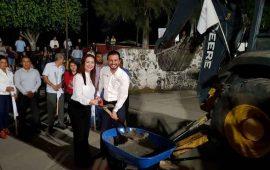 rehabilitan-plaza-publica-en-compostela
