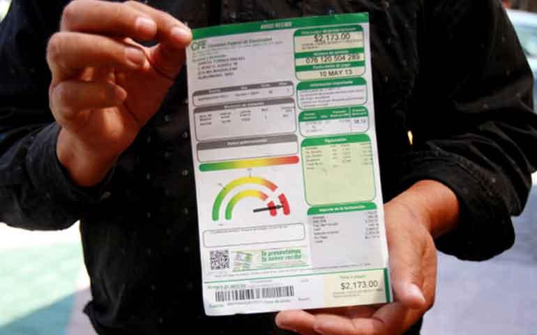 denuncian-comerciantes-incremento-en-costo-de-luz-de-hasta-400