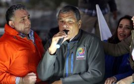 fiscalia-ecuatoriana-cita-a-declarar-al-expresidente-correa