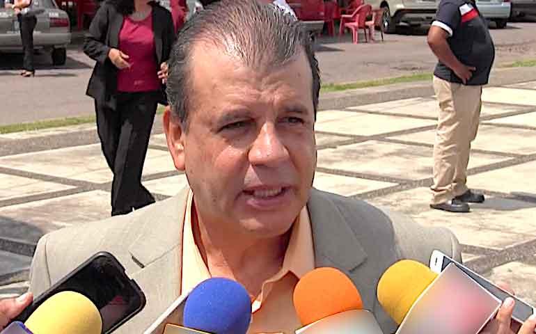 gobierno-estatal-no-expuso-a-lider-sindical-de-salud-victor-quiroga