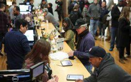 hacen-enormes-filas-para-comprar-mariguana-en-california