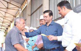 productores-de-nayarit-reciben-seguro-catastrofico-armando-zepeda