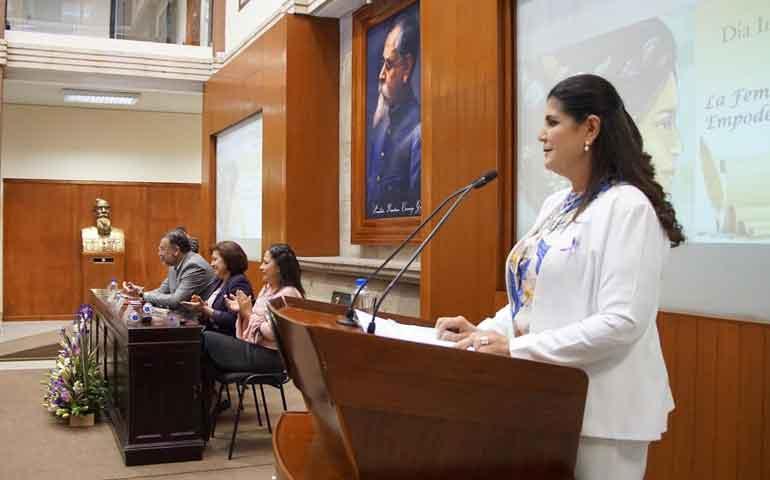 conmemora-congreso-el-dia-internacional-de-la-mujer