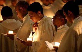 envian-al-papa-expediente-sobre-40-sacerdotes-gay