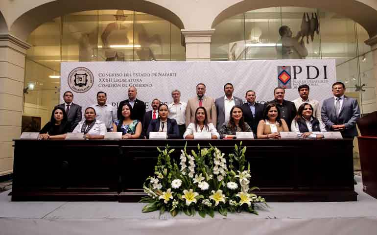 presenta-congreso-plan-de-desarrollo-institucional-2017-2021