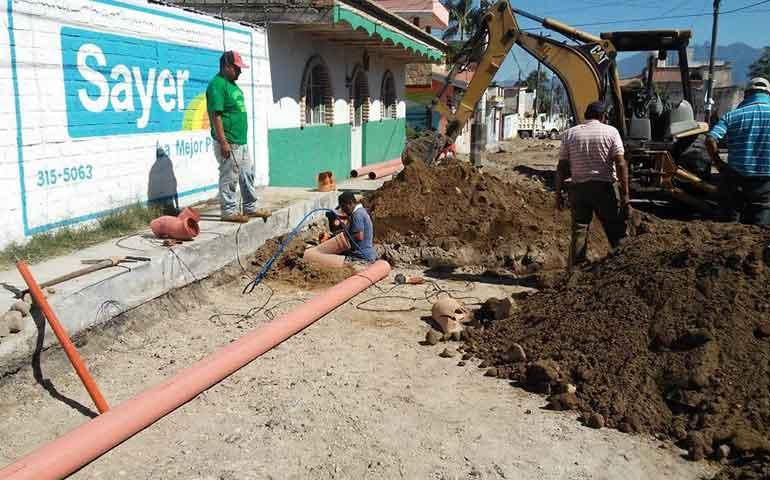 sigue-el-ayuntamiento-de-xalisco-apoyando-la-economia-de-la-ciudadania-miguel-mejia