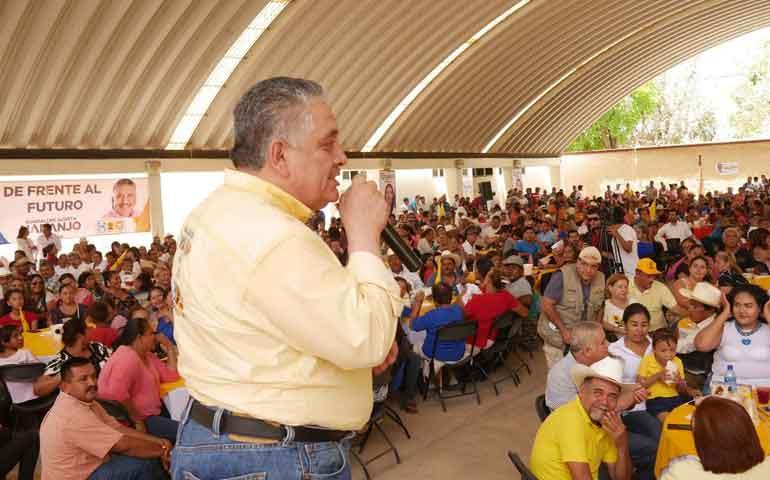 acosta-naranjo-realiza-evento-masivo-en-tuxpan