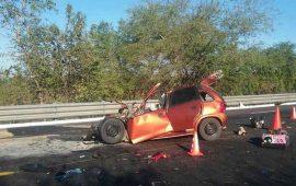 al-menos-cuatro-muertos-en-choque-de-trailer-y-chevy-en-santiago-ixcuintla
