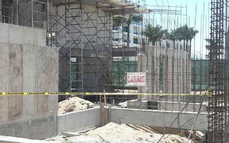 clausuran-construccion-de-160-departamentos-en-nuevo-vallarta
