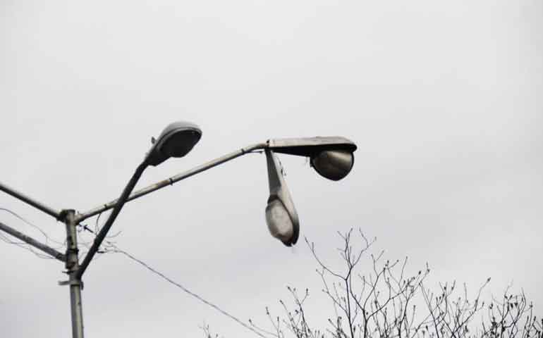 para-combatir-inseguridad-repararan-luminarias-en-tepic