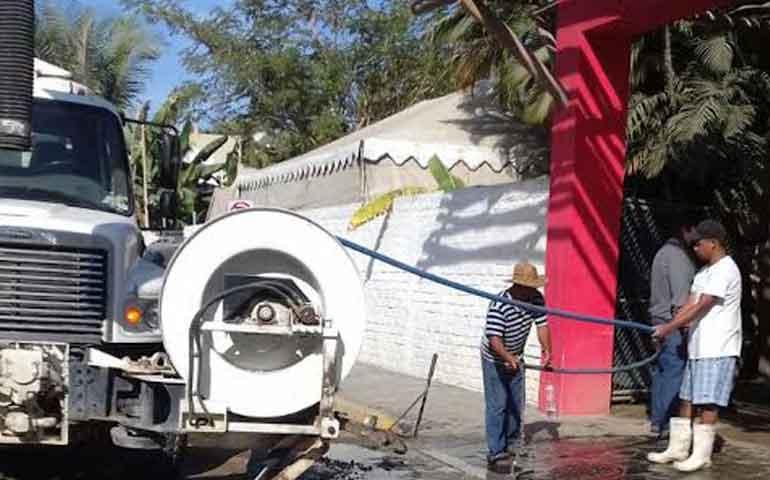 se-trabaja-en-bahia-de-banderas-en-prevenir-enfermedades-por-aguas-residuales
