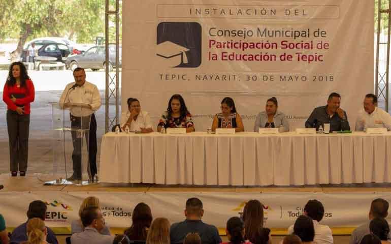 se-instalo-el-consejo-de-participacion-social-de-la-educacion-de-tepic