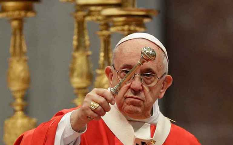 chismorrear-destruye-comunidades-dice-papa-francisco-a-fieles