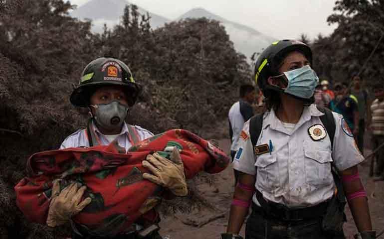 cifra-de-muertos-por-erupcion-de-volcan-de-fuego-sube-a-65