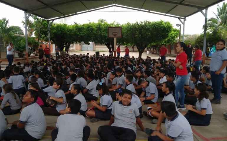 imparten-platicas-de-cultura-vial-a-alumnos-de-primaria-en-bahia