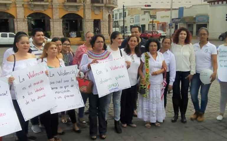 mujeres-priistas-se-suman-al-movimiento-alto-a-la-violencia-politica