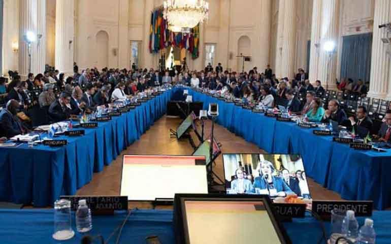 oea-aprueba-resolucion-que-llama-a-aplicar-la-suspension-de-venezuela