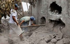 suman-110-muertos-en-guatemala-por-erupcion-ayuda-fluye