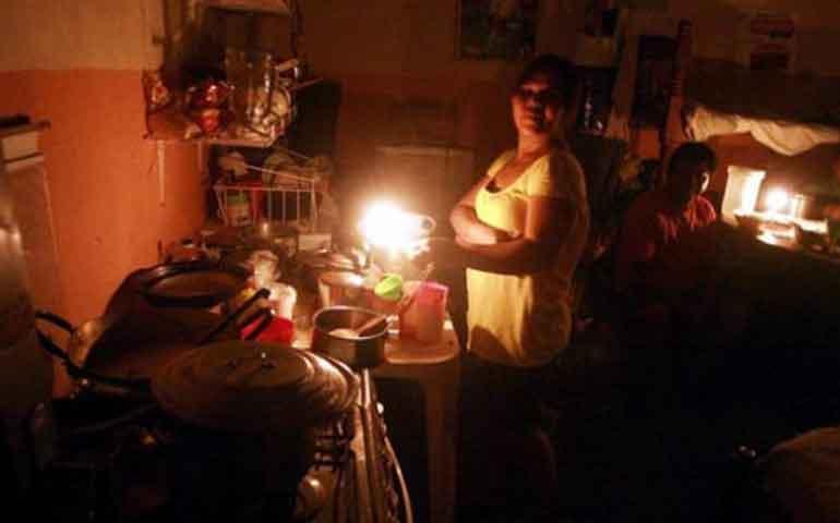 denuncian-apagones-en-el-servicio-de-luz-en-san-blas